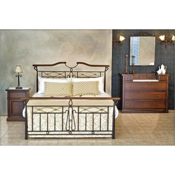 Σιδερένιο κρεβάτι Αθηνά με μπρούτζινα στοιχεία και ξύλο από μασίφ οξιά